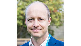 Headshot of Carsten Flohr