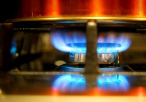 Nitrogen dioxide exposure from gas cookers can lower blood pressure